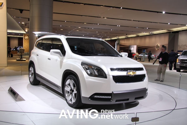 Detroit Usa Aving Special Report On 39 Naias 2009 39 Gm Debuts Its Seven Seat Multi Purpose