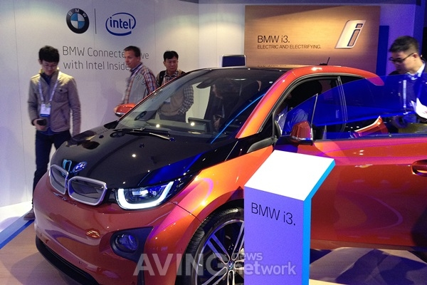 Ces 2014 Video Bmw To Announce Electric Car I3 Aving Usa