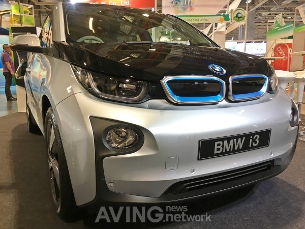 2017 Miecf Bmw Presents I3 94ah With 50 Increase In Driving
